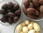 gevulde artisanale paaseitjes callebaut chocolade