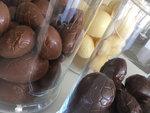 Holle paaseieren melk fondant wit callebaut chocolade