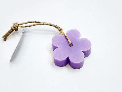 zeep bloem aan touw lavendel